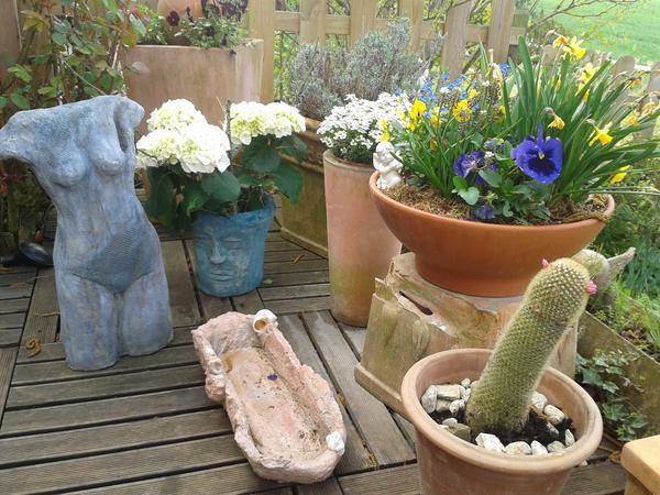 tag der offenen t r gartencenter mit betonkunst in kirberg. Black Bedroom Furniture Sets. Home Design Ideas