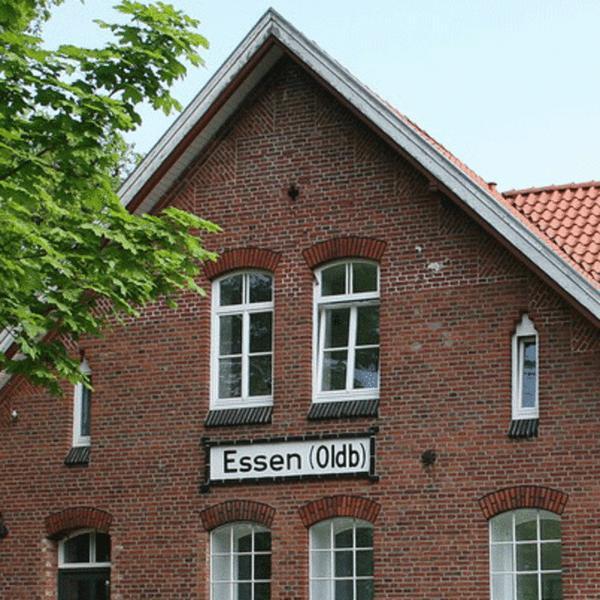 bahnhofsgeb ude gemeinde essen oldenburg. Black Bedroom Furniture Sets. Home Design Ideas